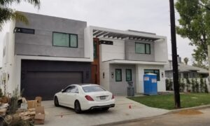 building a house in Los Angeles