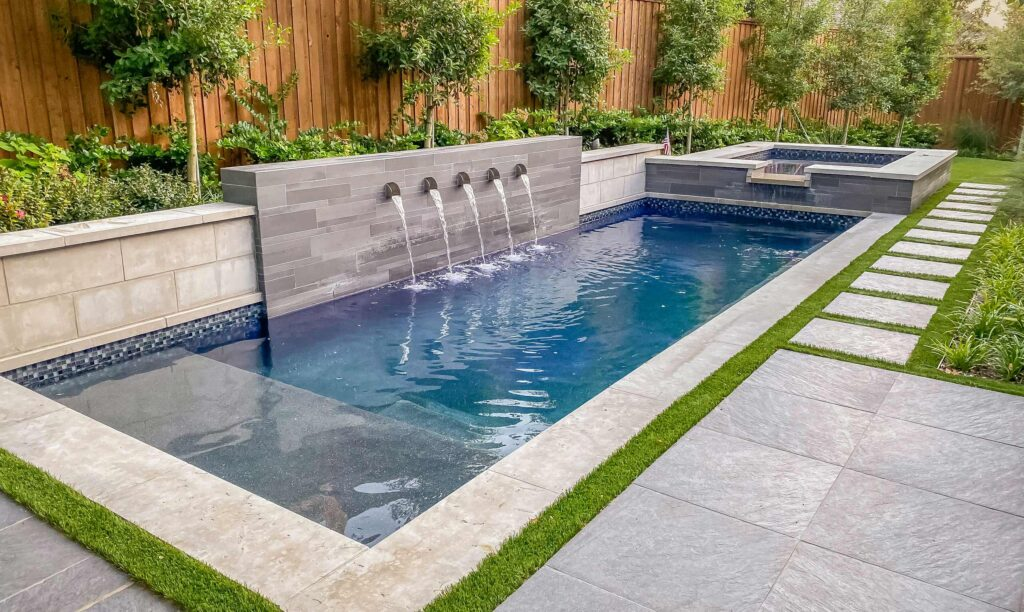 Swimming Pool Contractors in Los Angeles